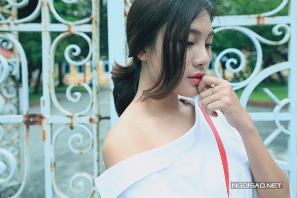 Tăng Huỳnh Như khéo mix trang phục cùng hot trend